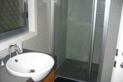 9-main-bathroom-shower-copy