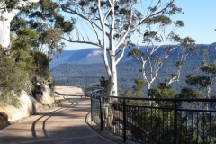 three-sisters-walk-oreades-lookout